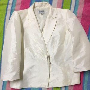 Lustrous Taffeta  3/4 sleeve evening jacket sz 10
